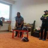 materska-policajt06
